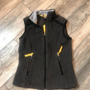PATAGONIA Synchilla Full Zip Charcoal Women's Vest